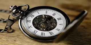 صورة قصيدة عن الزمن , ماذا يقول الشعراء عن الزمن