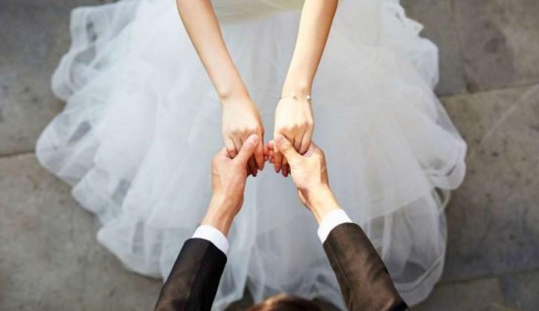 صور حلمت اني ارتدي فستان زفاف ابيض وانا متزوجة , تفسر الفستان الابيض في منام لمتزوجه