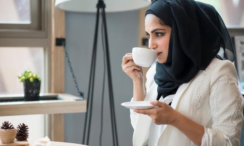 صور اتيكيت شرب القهوة , معلومات عن الاتيكيت