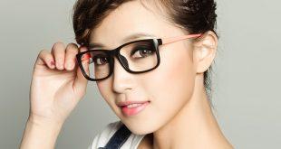 صور بنات لابسين نظارات , اشكال كثيره من النضارات علي بنات