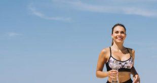 صورة هل شرب الماء بعد الرياضة يزيد الوزن , فائدة و حذر