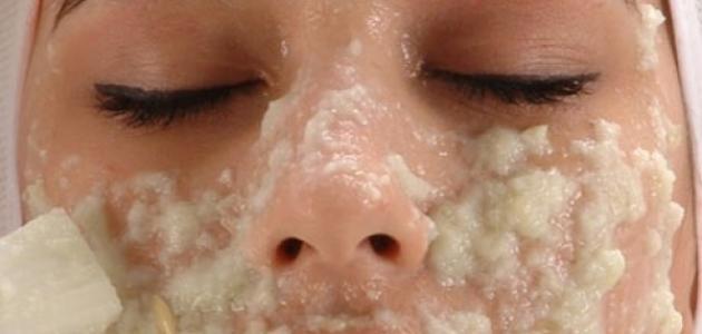 صورة فوائد تقشير الوجه , شاهدي ماذا يفعل تقشير البشره في الوجه
