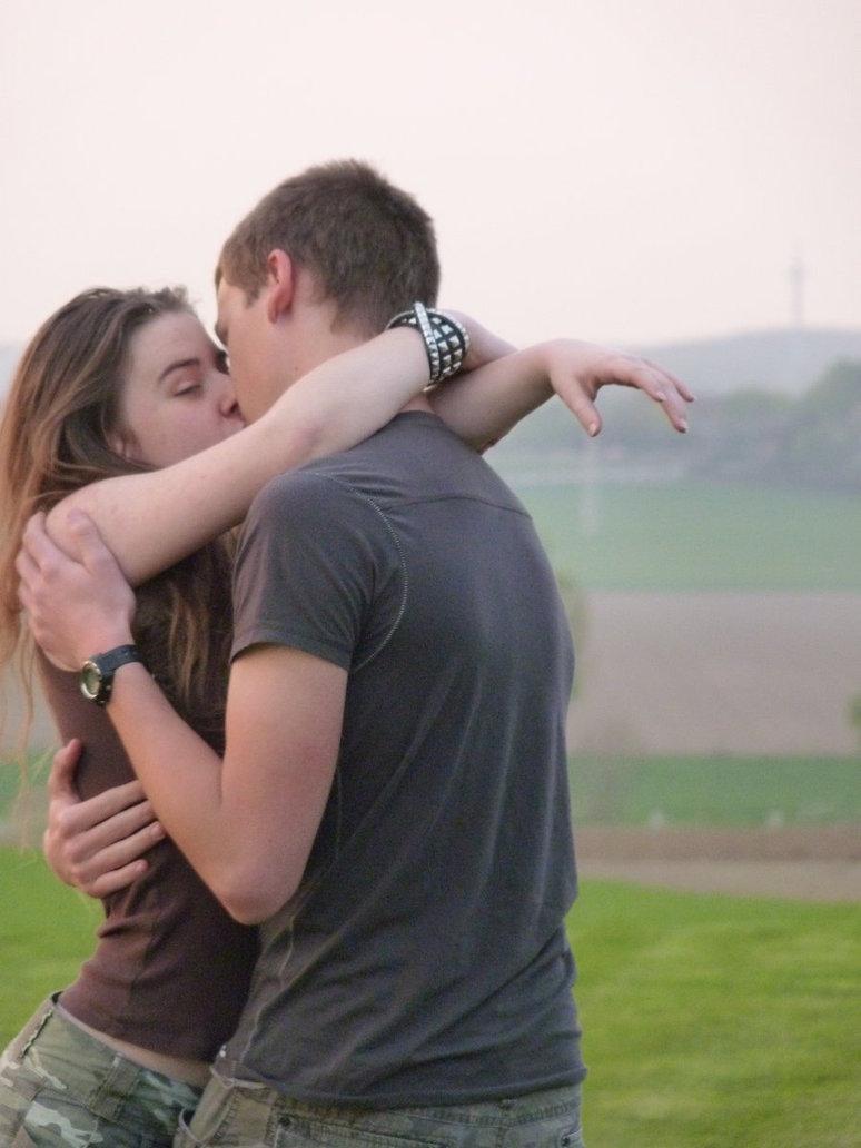 صورة صور بوس رمنسي , صور اجمل رومنسيات