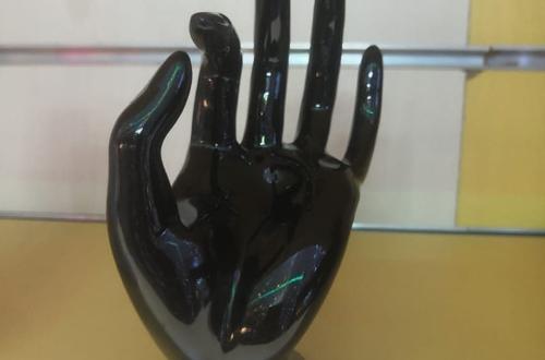 صور تفسير حلم اليد السوداء , اليد الغريبه السوداء وماذا تعنى