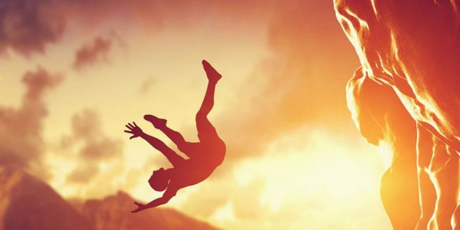 صورة تفسير السقوط في المنام , كيف فسر العلماء السقوط في الحلم