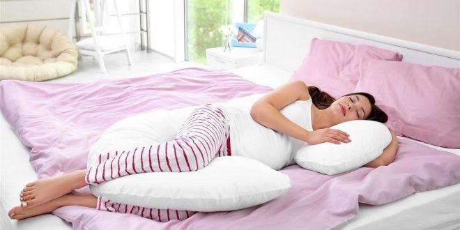 صورة نوم ع البطن للحامل , اضرار النوم على البطن للمراه الحامل وما هى الوضعية الصحيحة